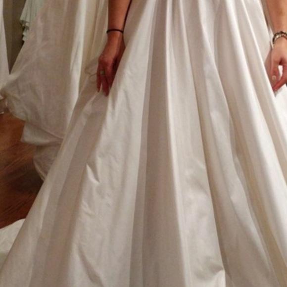 Classic silk wedding dress with pockets!